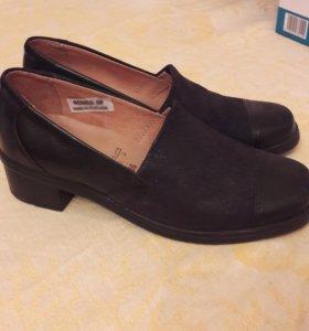 Новые кожанные женские туфли