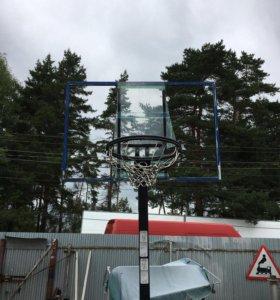 Баскетбольное кольцо на станине
