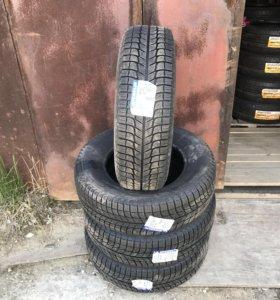 Зимние шины 215 65 R15 Michelin X-Ice 3 100T