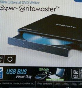 Внешний CD-RW привод Samsung.
