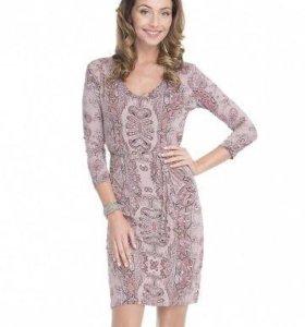 Платье новое на 42-44 размер