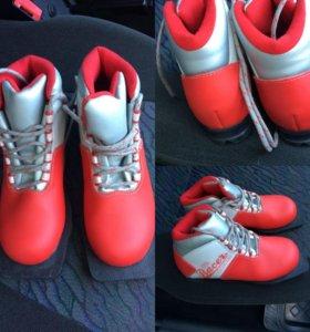 Лыжные ботинки 31