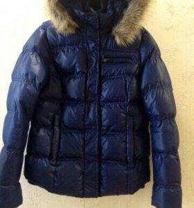 Продам куртку + подарок