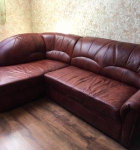 Кожаный раскладной диван, угловой