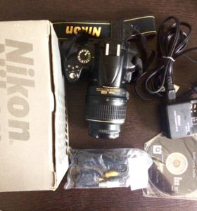 Зеркальный фотоаппарат Nikon D5000