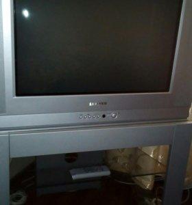 Телевизор Самсунг на подставке