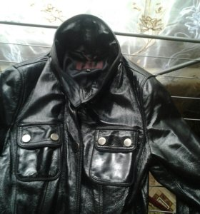 Куртка натуралка б/у мало размер 42-,44,-46