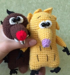 "Вязаные игрушки ""крутые бобры"""