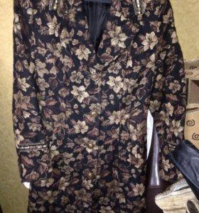 Пальто женское весенне-осенние длинное ниже колена