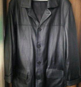 Куртка- пиджак кожанная.