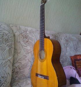 Классическая гитара Yamaha C40+чехол+струны