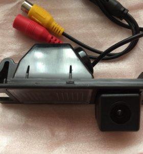 Камера заднего вида / хода на Hyundai IX-35