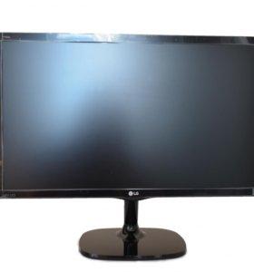 Широкоформатный монитор LG