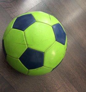 Мяч футбольный профессионалый
