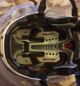 Шлем хоккейный с визором
