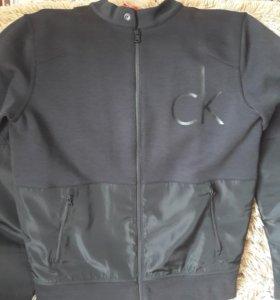 Новая Куртка оригинал Calvin Klein