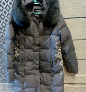 Куртка женская зимняя,р-р 52.