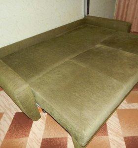 Срочно продадим диван, в связи с переездом.