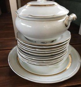 Набор посуды, тарелки , супница