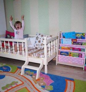 Новая деревянная подростковая кровать Next