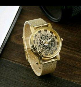 Часы новые. под золото