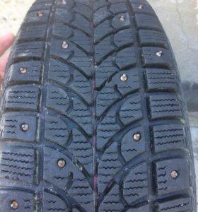 Зимняя резина Bridgestone на дисках