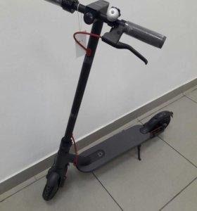 Xiaomi Mija Electric Scooter. New