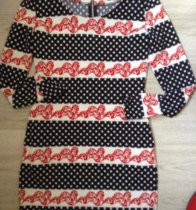 Платье 42-44 новое
