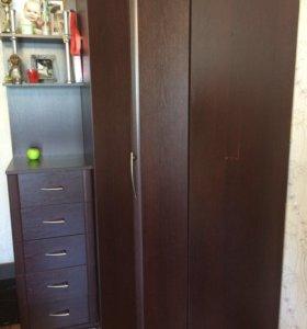 Шкаф и стеллаж