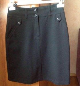 Школьная форма для девочки (юбка и жилетка)
