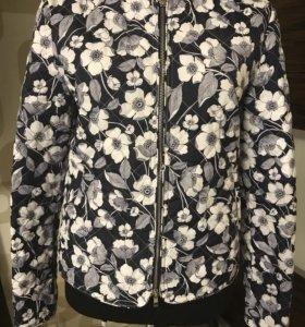 Стеганная куртка Stefanel