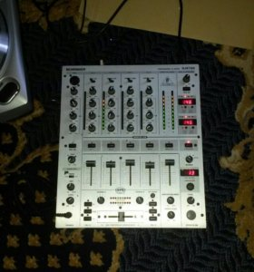 DJ пульт behringer DJX 700 PRO mixer
