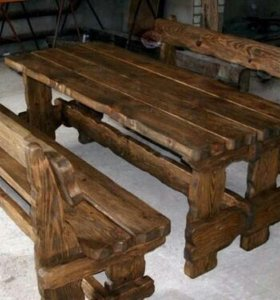 Стол со скамейками под старину