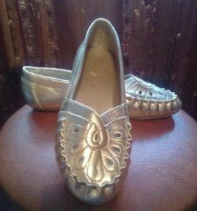 Туфли балетки новые