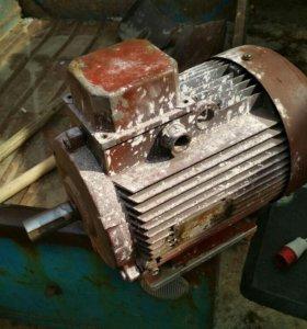 Электродвигатель 380В 2,2кВт