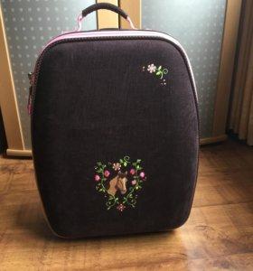 Новый чемоданчик+ напульсник в подарок