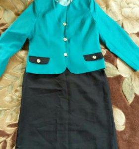 Юбочный костюм новый 46-48 размер