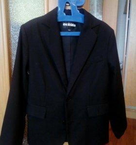Пиджак для мальчика ( фирма Асооla )рост 122 см