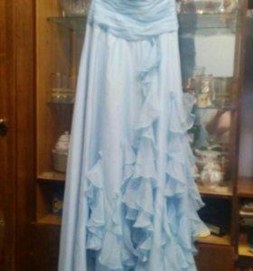Платье вечернее с карсетом на выпускной