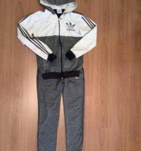 Спортивный костюм adidas XL