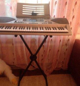 Продаётся синтезатор CASIO в отличном состоянии
