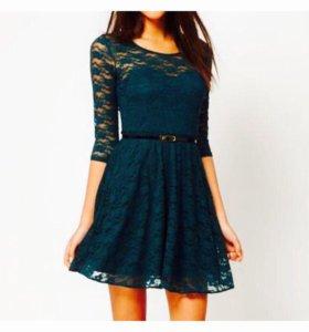 Платье кружевное гипюр темно-зелёного цвета
