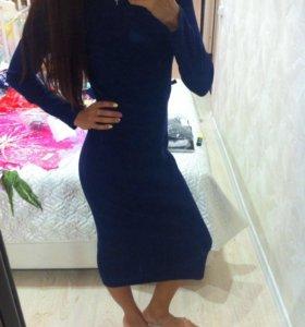 Новое синие платье лапша 46р