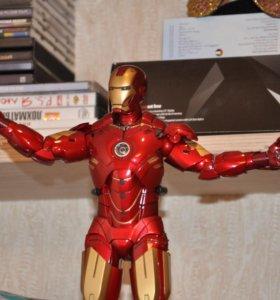 Hot Toys Iron Man 2 Mark IV