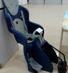 Детское кресло для взрослого велосипеда