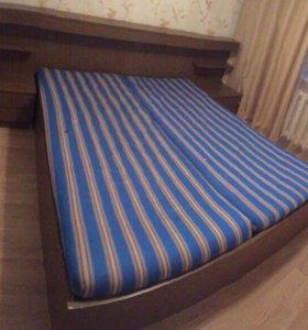 Кровать двуспальная б/у