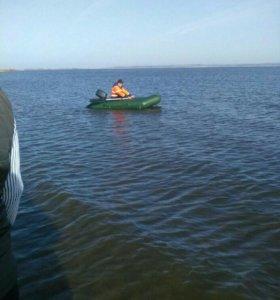 Лодка ПВХ Лоцман 280 с килем