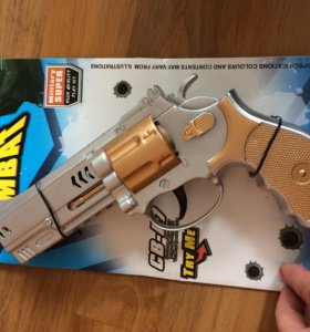 Новый игрушечный пистолет Комбат.
