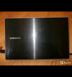 Ноутбук Samsung np300 v5a