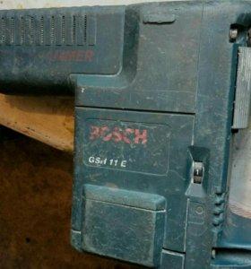 Отбойный молоток Bosh hammer GSH 11E